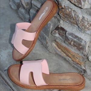 🎀 Pink  Slide Sandal 🎀